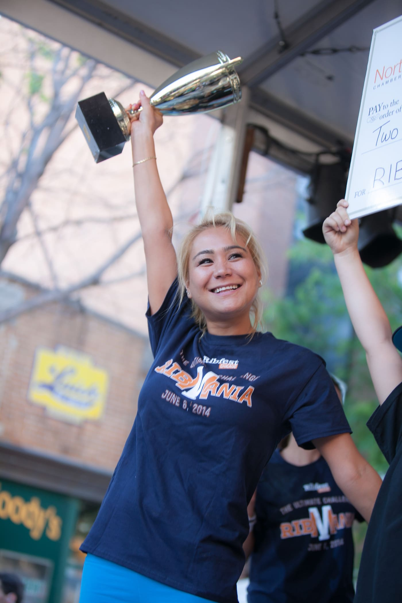 Miki Sudo wins Ribmania Chicago with 4.8 pounds of ribs at Ribmania Ribs Eating Contest at Ribfest Chicago.