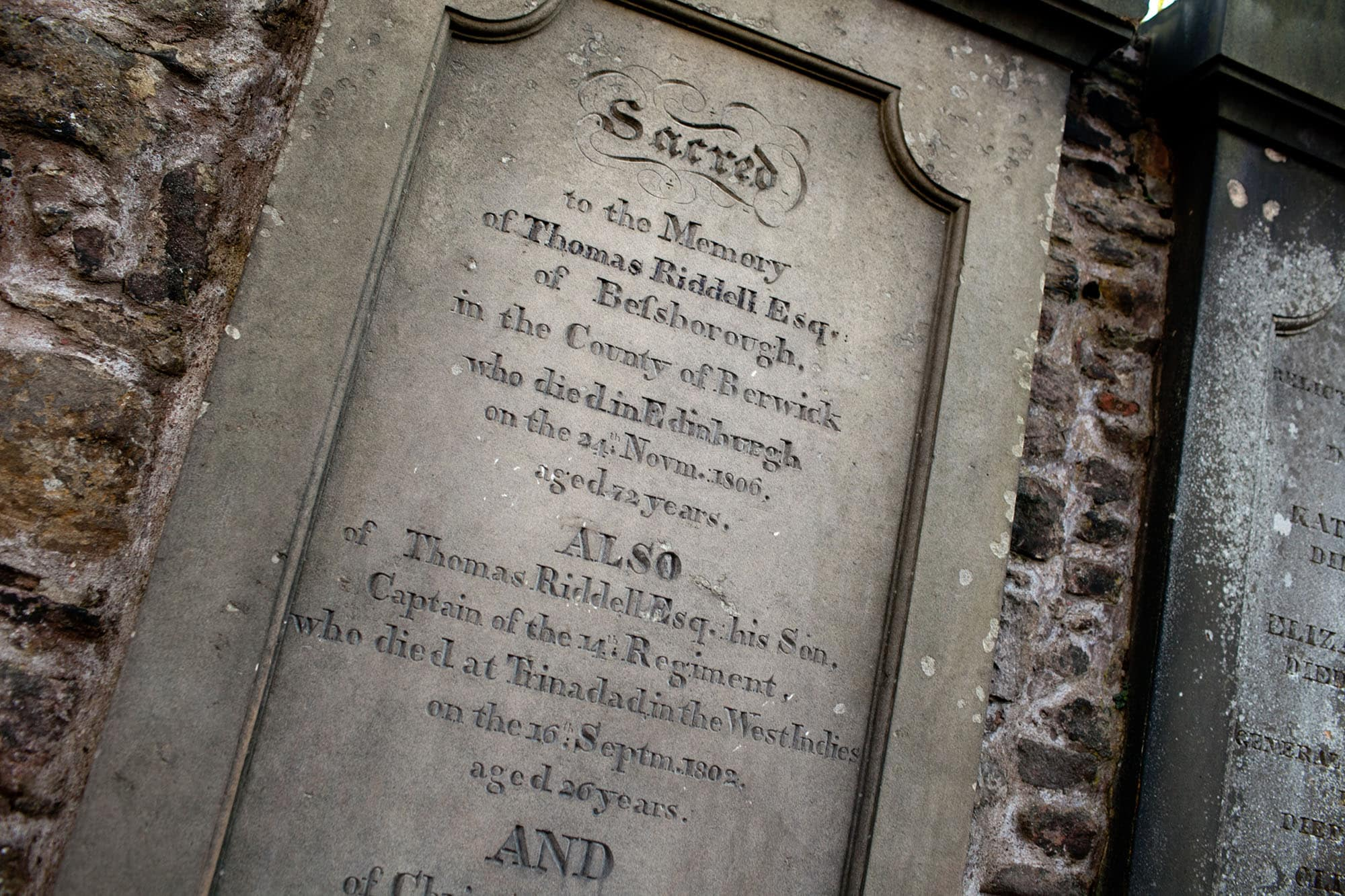 Thomas Riddell's grave in Edinburgh, Scotland