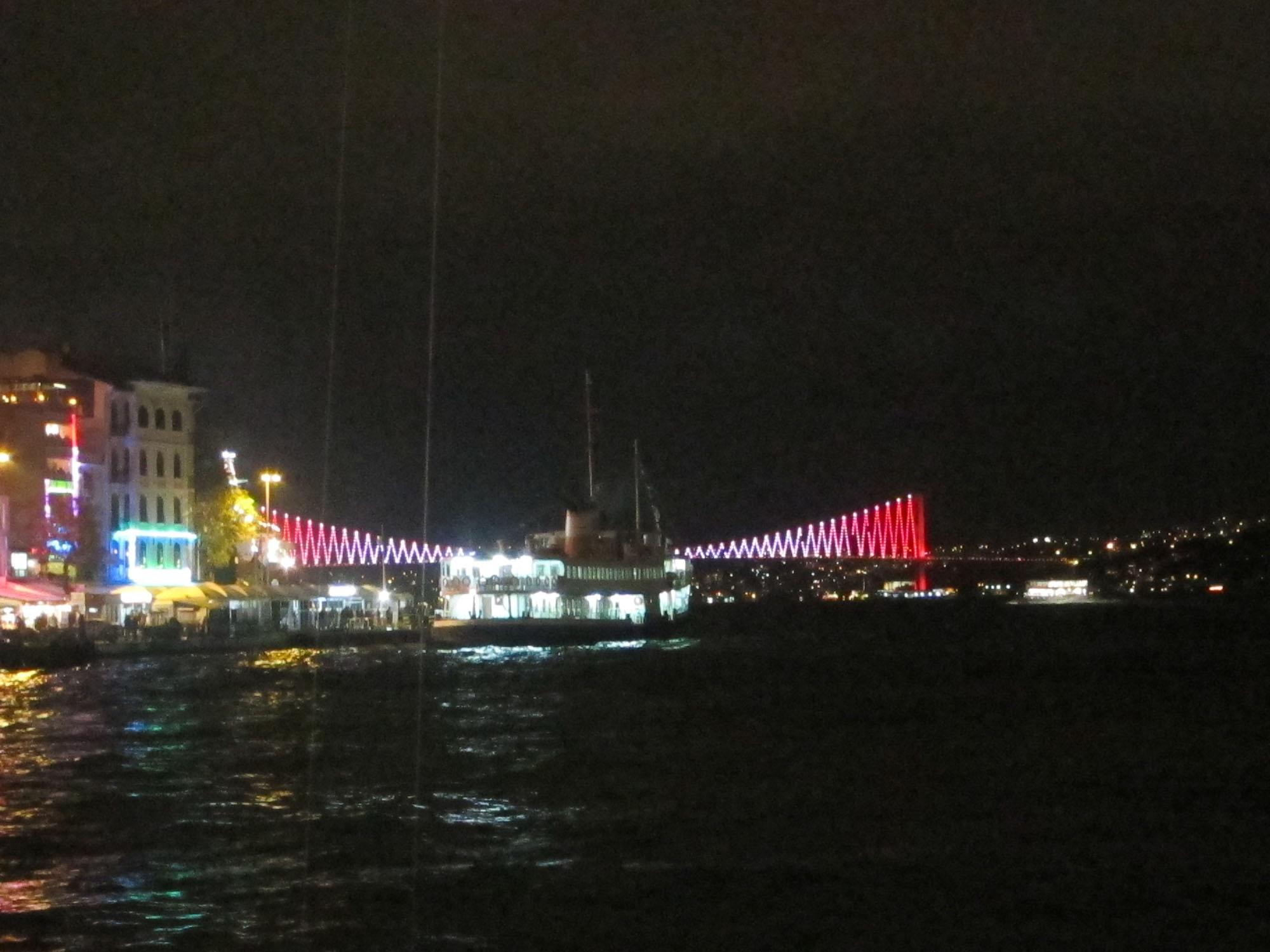 Galata Bridge in Istanbul, Turkey.