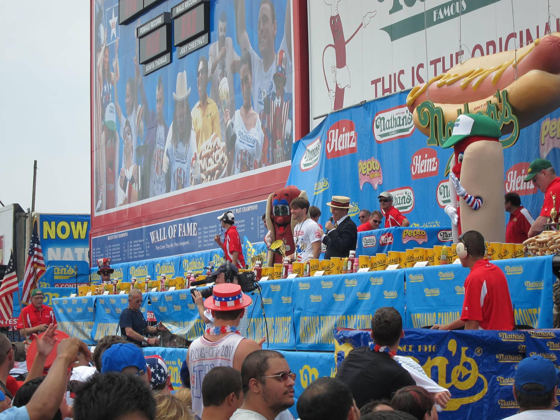 Hot Dog Eating Contest Choking